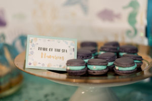 pearl-of-the-sea macarons