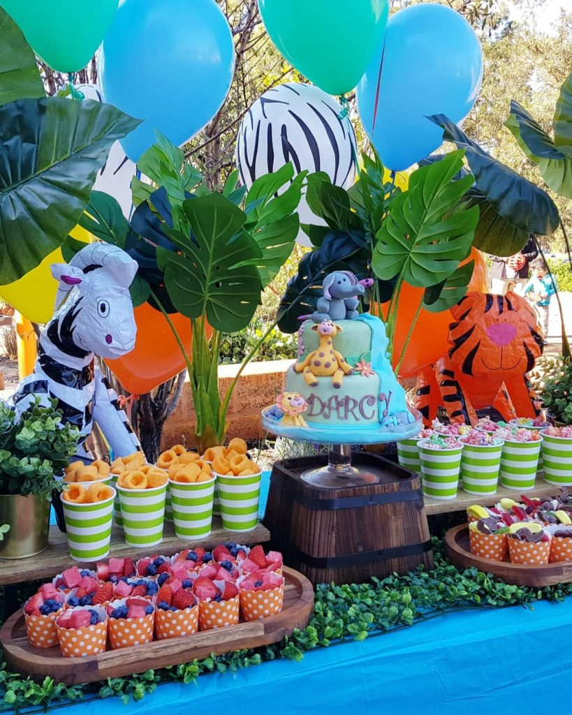 Jungle themed party and dessert table