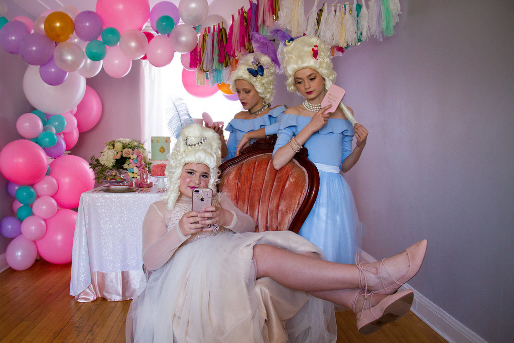 Marie Antoinette Party, A Marie Antoinette party – let them eat cake!