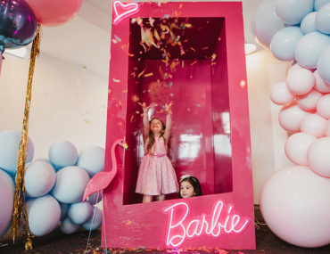 , Barbie loves ice-cream kids party