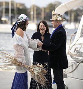 , A Seattle sailing inspired elopement