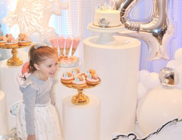 arctic wonderland party, An Arctic wonderland birthday party