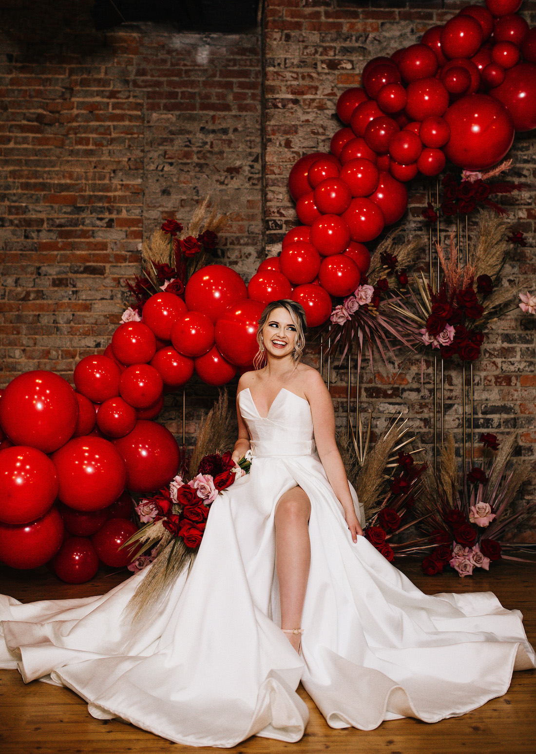 Wedding balloon inspiration, Balloons aren't just fun, they're luxury too! (Wedding balloon inspiration)