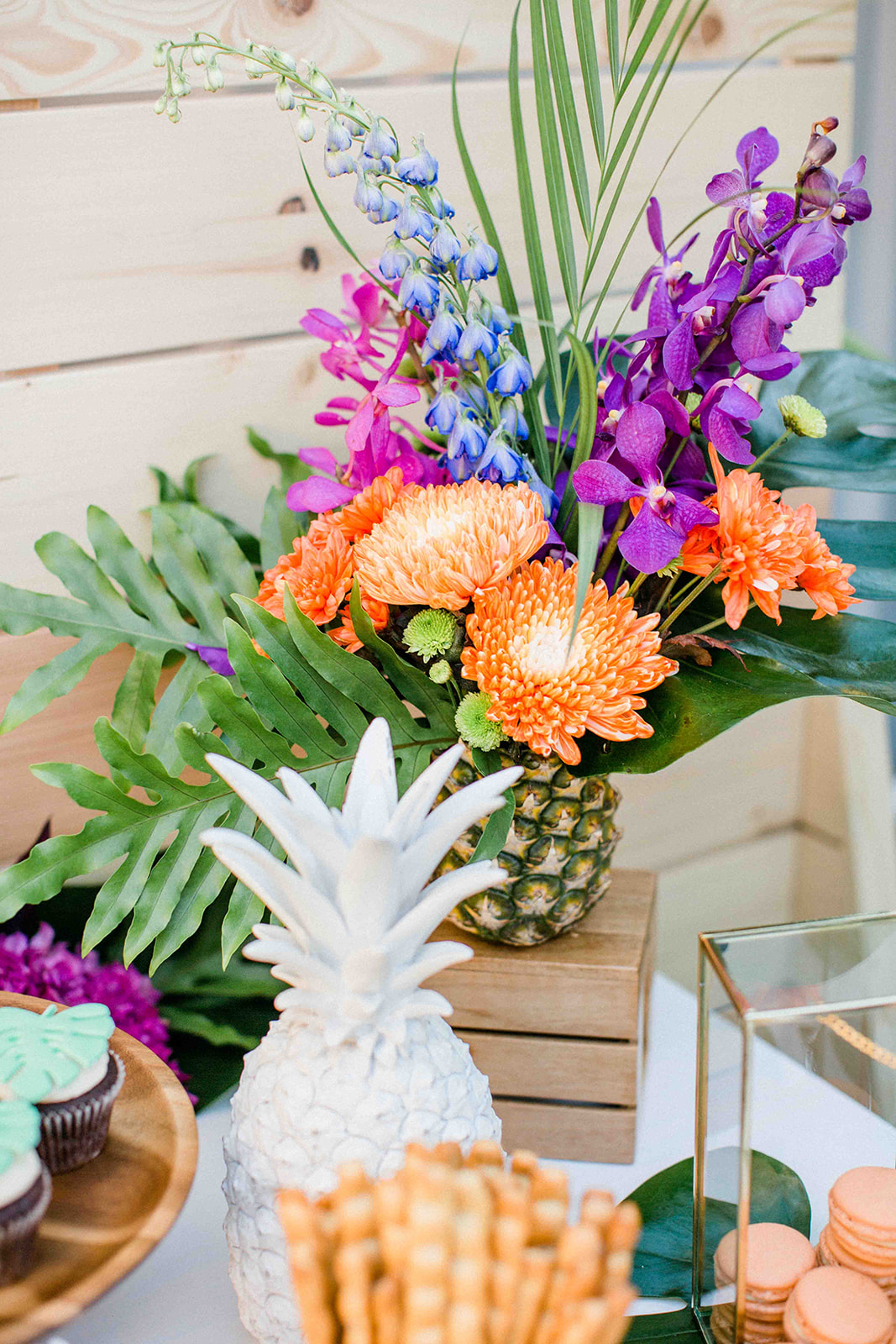 tropical luxe milestone party, A tropical luxe milestone party – Aloha 40!