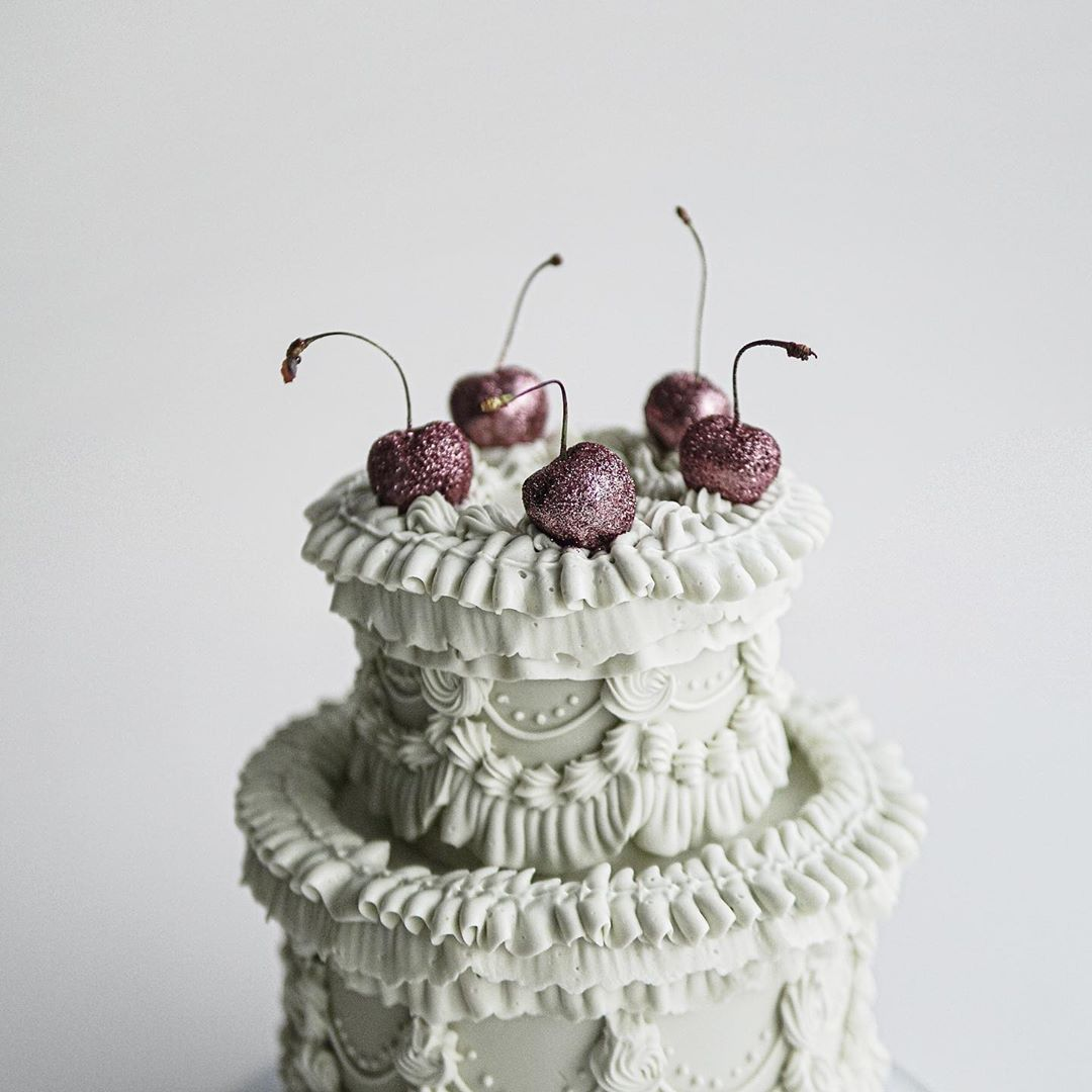 Vintage piped shag cake by Sweet Lionheart