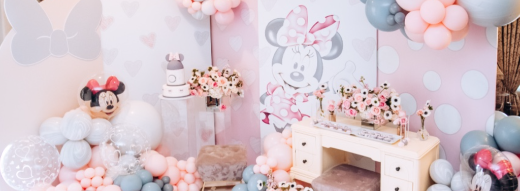 , Vintage Minnie Mouse birthday party